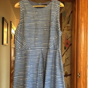 Gap Fit and Flare Dress-Size 14
